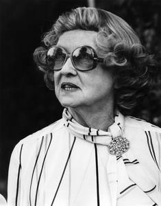 Bette Davis in Beverly Hills1979© 1979 Steve Banks - Image 24377_0051