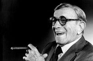George Burns  1988© 1988 Steve Banks - Image 24377_0052