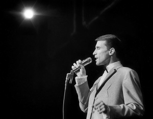 Bill Medley of The Righteous Brothers performing at the Cocoanut Grove1965© 1978 Steve Banks - Image 24377_0070