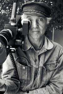 Haskell Wexler in West Hollywood1978© 1978 Steve Banks - Image 24377_0107