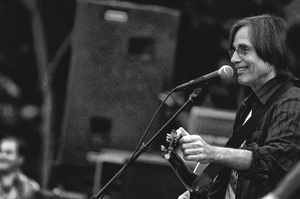 Jackson Browne in Santa Monica, California 2005© 2005 Steve Banks - Image 24377_0123