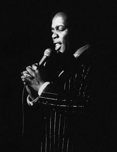 Lou Rawls in Atlanta 1975© 1978 Steve Banks - Image 24377_0141
