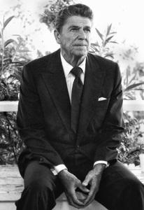 Ronald Reagan (President-elect) in Culver City, CA 1980© 1980 Steve Banks - Image 24377_0186