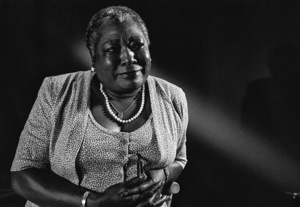 Esther Rolle1989© 1989 Steve Banks - Image 24377_0243