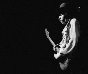 Jimi Hendrix playing Fillmore East in New York City May 10, 1968 © 1978 Steve Banks - Image 24377_0274