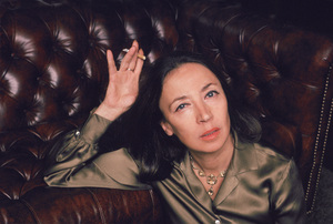 Oriana Fallaci photographed in her upper-eastside New York City apartment 1981© 1981 Michael Mella - Image 24382_0020