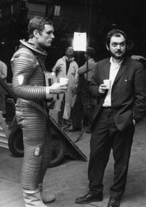 """2001: A Space Odyssey""Keir Dullea, director Stanley Kubrick1968** I.V. - Image 24383_0003"