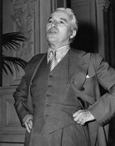 """""""Monsieur Verdoux""""Charles Chaplin1947** I.V. - Image 24383_0054"""
