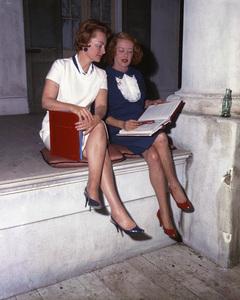 """Hush...Hush, Sweet Charlotte""Olivia de Havilland, Bette Davis1964** I.V.C. - Image 24383_0071"