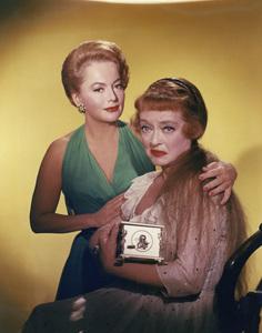 """Hush...Hush, Sweet Charlotte""Olivia de Havilland, Bette Davis1964** I.V. - Image 24383_0075"