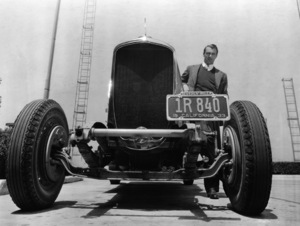 Gary Cooper with Deusenberg automobile prepped for speed record test 1933 ** I.V. - Image 24383_0081
