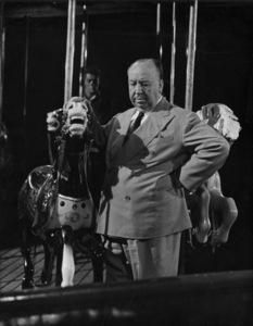 """""""Strangers on a Train""""Farley Granger, director Alfred Hitchcock1951** I.V. - Image 24383_0143"""
