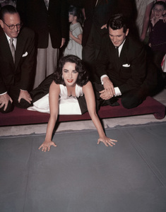 Elizabeth Taylor and Rock Hudson at Grauman