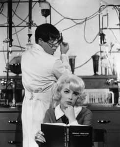 """The Nutty Professor""Jerry Lewis, Stella Stevens1963** I.V. - Image 24383_0164"