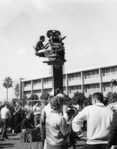 """""""The Nutty Professor""""Director Jerry Lewis1963** I.V. - Image 24383_0171"""