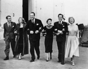 """""""All About Eve""""Gary Merrill, Bette Davis, George Sanders, Anne Baxter, Hugh Marlowe, Celeste Holm1950** I.V. - Image 24383_0186"""