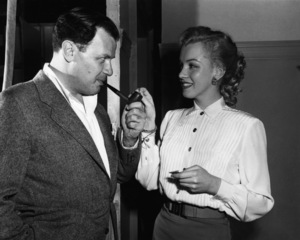 """""""All About Eve""""Director Joseph L. Mankiewicz, Marilyn Monroe1950** I.V. - Image 24383_0187"""