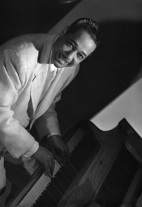 Duke Ellington1942Photo by Clarence Sinclair Bull** I.V.C. - Image 24383_0228