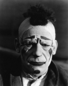 """""""Laugh, Clown, Laugh""""Lon Chaney1928** I.V. - Image 24383_0266"""