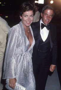 Helen Reddy and her husband, Jeff Waldcirca 1980s© 1980 Gary Lewis - Image 24383_0289