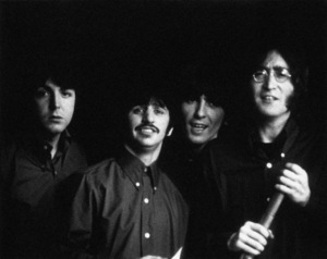 """Yellow Submarine""Paul McCartney, Ringo Starr, George Harrison, John Lennon1968** I.V. - Image 24383_0338"