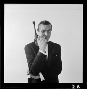 """From Russia with Love"" Sean Connery 1963 ** I.V. - Image 24383_0389"