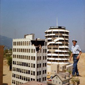 """Earthquake""1974** I.V. - Image 24383_0483"
