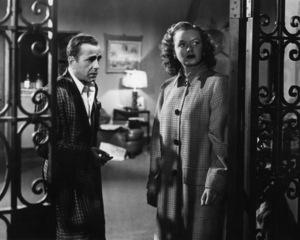 """In a Lonely Place""Humphrey Bogart, Martha Stewart1950** I.V. - Image 24383_0674"