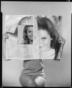 """Bewitched""Elizabeth Montgomerycirca 1960** I.V. - Image 24383_0755"