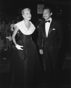"""Grace Kelly (wearing the Caracas dress, Christian Dior-New York collection, Spring-Summer 1954) at the premiere of """"Rear Window"""" with Oleg Cassini1954** I.V. - Image 24383_0775"""