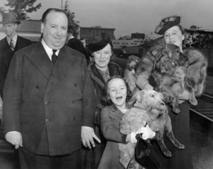 Alfred Hitchcock with his wife Alma Reville and their daughter Patricia 1939** I.V. - Image 24383_0861