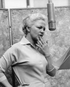 "Peggy Lee recording the album ""The Man I Love""1957** I.V. - Image 24383_0933"