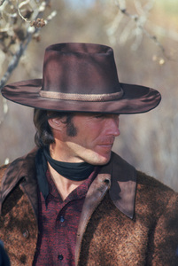 """Joe Kidd""Clint Eastwood1972** I.V. - Image 24383_0941"
