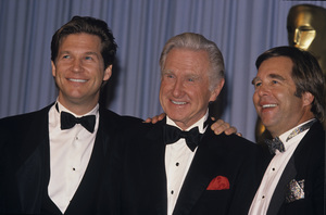 "Lloyd Bridges with his sons, Jeff and Beau at ""The 61st Annual Academy Awards""1989© 1989 Jean Cummings - Image 24385_0005"