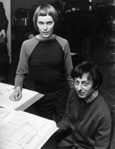 """Mia Farrow and Andre Previn at the rehearsals for the performance of """"Joan of Arc at the Stake""""1971** J.C.C. - Image 24385_0076"""