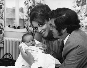 Engelbert Humperdinck with his wife, Patricia Healey, and their baby son, Scott Dorsey1968** J.C.C. - Image 24385_0078