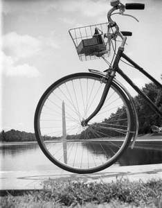 Washington, D.C.1939© 1978 Ruth Orkin - Image 24388_0024