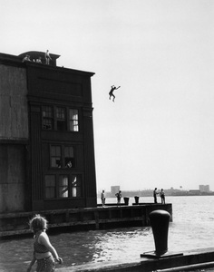 Boy jumping into Hudson river in New York City1948© 1978 Ruth Orkin - Image 24388_0030