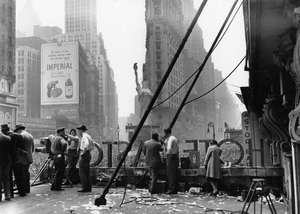 Times Square in New York City on VE Day1945© 1978 Ruth Orkin - Image 24388_0039