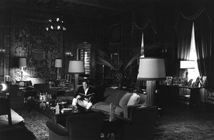 George Hamiltonat home in Beverly Hills1962 © 1978 Gunther - Image 2439_0016