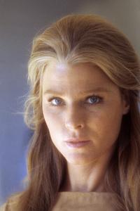 Mariette Hartleycirca 1972** H.L. - Image 2456_0006