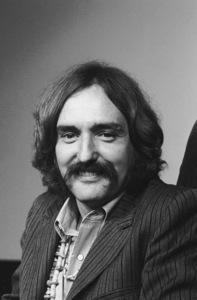 "Dennis Hopper at a Press Conference for ""The Beard"" on stage, 1968 © 1978 Chester Maydole - Image 2495_0121"