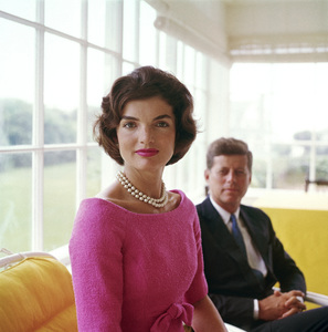 Jacqueline and John F. Kennedy at Hyannis Port1959© 2000 Mark Shaw - Image 2554_0041