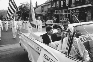 John F. Kennedy and Jacqueline Kennedy in Wheeling, West Virginia during his presidential campaign tour1959 © 2000 Mark Shaw - Image 2554_0051