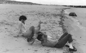 Jacqueline Kennedy, Caroline Kennedy and John F. Kennedy at Hyannis 1959 © 2000 Mark Shaw - Image 2554_0067