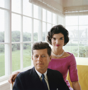 Jacqueline and John F. Kennedy at Hyannis Port 1959 © 2000 Mark Shaw - Image 2554_0089