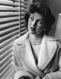Tina LouiseC. 1963 - Image 2615_0014