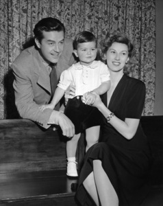 Ray Millandwith wife Malvina Webber and their son Daniel DavidC. 1942 - Image 2697_0036
