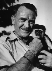 """John Mills guest on """"Cowboy in Africa""""c. 1968 / ABC © 1978 John Jay - Image 2702_0011"""