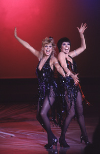 "Liza Minnelli and Goldie Hawn in the television special ""Goldie and Liza Together"" 1980 © 1980 Gunther - Image 2703_0055"